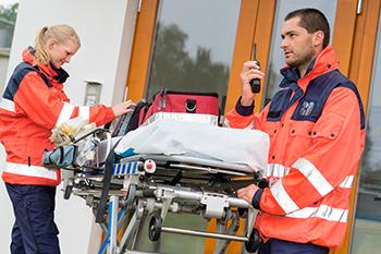 Dos nuevos Certificados de Profesionalidad de Sanidad: Atención sanitaria a múltiples víctimas y catástrofes y Transporte sanitario - CUALIFICA