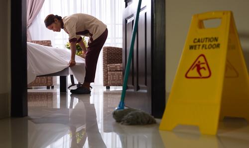 SSCM0108 – Limpieza de Superficies y Mobiliario en Edificios y Locales - CUALIFICA